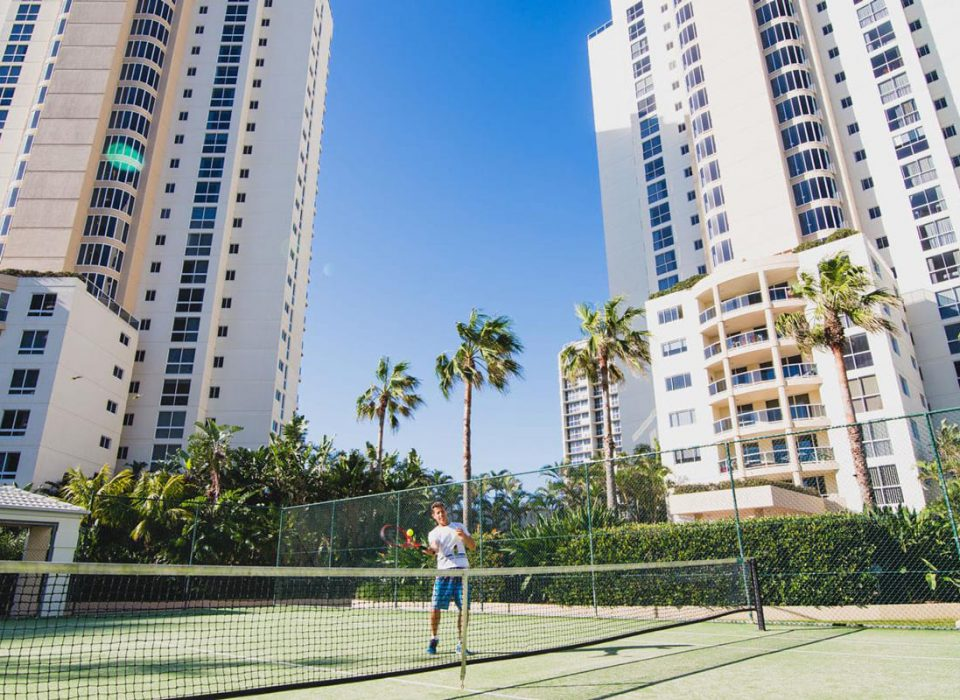 holiday resort gold coast Xanadu main beach facilities tennis court